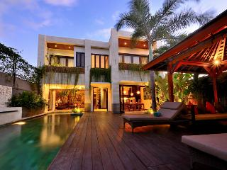 4 to 6 bedrooms in Seminyak - Seminyak vacation rentals