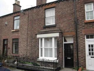 Cottage in Heart of Beatles Attractions V Central - Liverpool vacation rentals