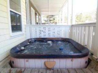Ocean Peek 3 BR all w/Private Baths, Hot Tub, King - Gleneden Beach vacation rentals