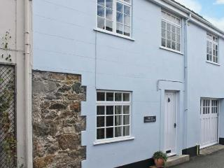 THE OLD COACH HOUSE, three bedrooms, summer room, enclosed patio, walking distance to beach in Beaumaris, Ref 17722 - Amlwch vacation rentals