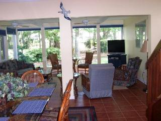 10,Seapines,5/min walk beach,wifi,bikes,Golf disc - Hilton Head vacation rentals