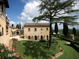 In the heart of Chianti, this villa can sleep up to 31 people. BRV GAI - Castel San Gimignano vacation rentals