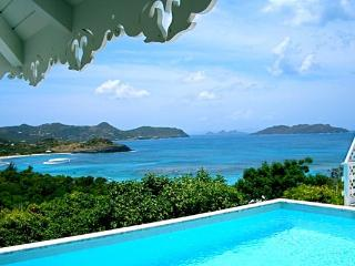 Caribbean style villa with spectacular ocean views WV MAG - Lorient vacation rentals