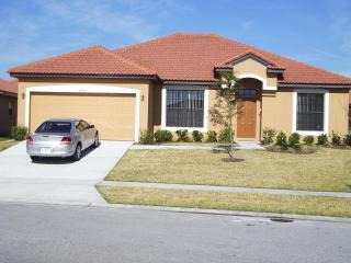 Direct route into Disney & Universal Close By. - Kissimmee vacation rentals