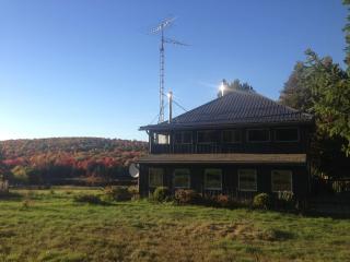 Algonquin Park Farmhouse for Year-Round Getaways - Algonquin Park vacation rentals
