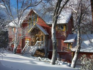 Yellowstone Lodge - Classic Arrowhead Retreat - Lake Arrowhead vacation rentals