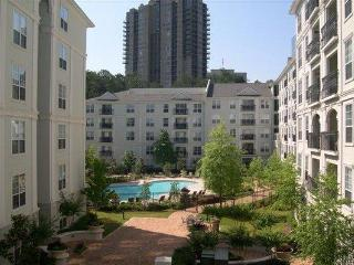 Prime Buckhead Location - Walk to Lenox/Phipps! - Atlanta vacation rentals