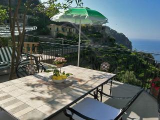 PIETRA GRANDE - 3 Bedrooms - Scala - Pontone - Pogerola vacation rentals