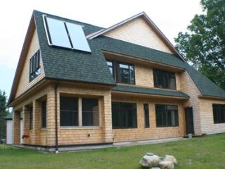 Nice House with Internet Access and DVD Player - Monson vacation rentals