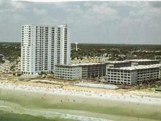 Romantic Oceanfront Getaway-PEAK SUMMER WEEKS-On The Beach!- Book Now! $1050 !! - Surfside Beach vacation rentals