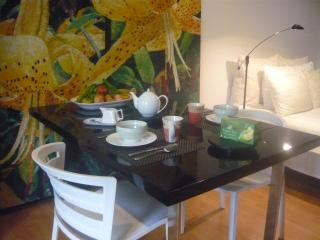 Greenpoint Studiosuite, 3 min from MAIN beach - Tagaytay vacation rentals