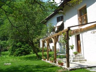 2 bedroom stone cottage in emerald Soca Valley - Tolmin vacation rentals