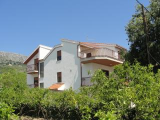 Exclusiv Apartment  Rino 4+2 - Podstrana vacation rentals