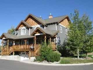 Enjoy all of Gallatin Valley from this beautiful 3-bedroom condo - Bozeman vacation rentals