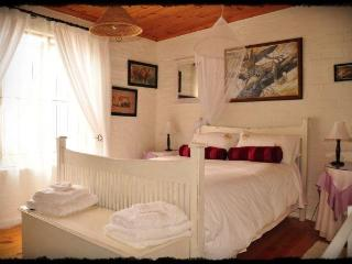 Schweyer's Loft Self Catering Accommodation - Stanford vacation rentals