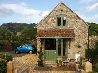 Beautiful Cottage with Outdoor Dining Area and Television in Cheddar - Cheddar vacation rentals