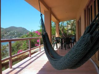 Zihuatanejo Playa Madera House w Incredible Views! - Zihuatanejo vacation rentals