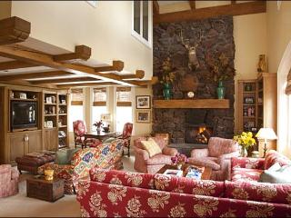 Large, Elegant Condo - Adjacent to the Lodge and Ice Rink (1147) - Sun Valley vacation rentals
