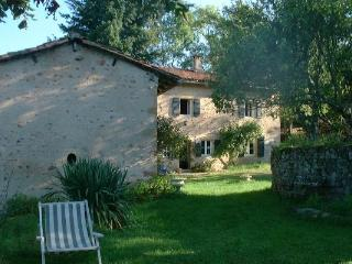 South Burgundy STONE COUNTRY HOUSE - Burgundy vacation rentals