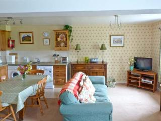 SKIDDAW, Grade II listed cottage, with wonderful views, shared games room and play area in Bassenthwaite, Ref 17846 - Bassenthwaite vacation rentals