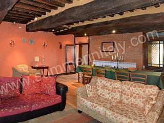 6 bedroom House with Deck in Lisciano Niccone - Lisciano Niccone vacation rentals