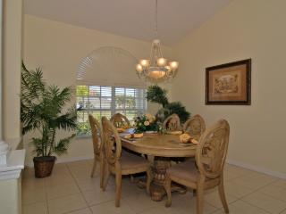 Lovely 3 bedroom House in Englewood - Englewood vacation rentals