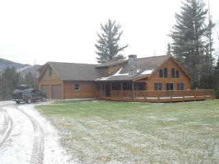 BEAUTIFUL LOG HOME RETREAT - Sugar Hill vacation rentals