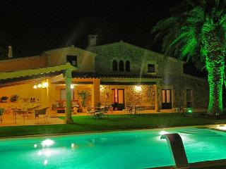 Mas de les Flors - 16P villa close to Palafrugell - Calonge vacation rentals