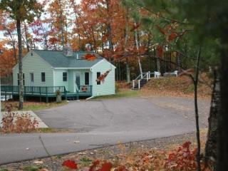 Rosa Lake Ridge is 5 mi from Birkie Trail - Cable vacation rentals