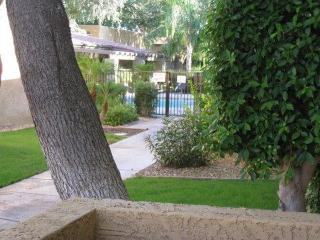 2 BD/2BTh split Masters,  great Location & Value! - Scottsdale vacation rentals