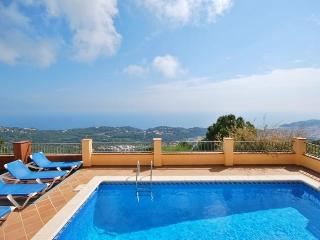 Amazing sea view: Villa Whitney in Lloret de Mar - Lloret de Mar vacation rentals
