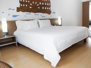 Beautiful Apartment in Parque 93 - Bogota vacation rentals