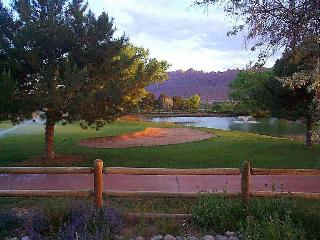 Nice Condo with Dishwasher and Fireplace - Moab vacation rentals