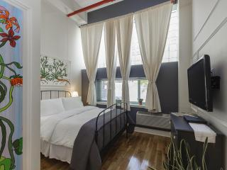 The Box House, Dramatic 16 ft Ceiling Loft Suite - Brooklyn vacation rentals