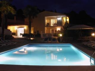 18p luxury villa with large garden:Villa Tropicana - Tossa de Mar vacation rentals