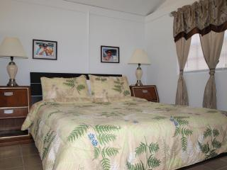 Screaming Reels Guest House, Grand Turk - Grand Turk vacation rentals