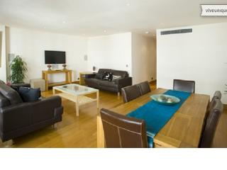 Prestigious 2 bed, Jermyn Street, Piccadilly - London vacation rentals