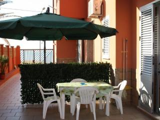 GB CASE VACANZE SICILIA - LAST MINUTE - WIFI FREE! - Balestrate vacation rentals