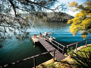 Calabash Bay Lodge, Hawkesbury River - Sydney Metropolitan Area vacation rentals