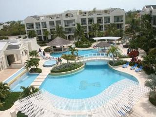 Charming studio condo at The Atrium Resort, Provo - Providenciales vacation rentals