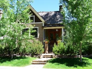 6 bedroom Apartment with Internet Access in Aspen - Aspen vacation rentals