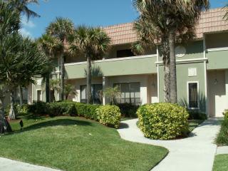 Exclusive Beach Townhouse, Across from Ocean - Boca Raton vacation rentals