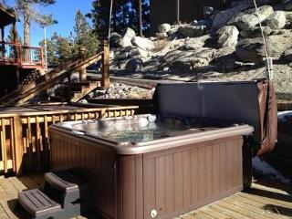 Cozy Ski Condo with Lake View, East Peak Loop (SL307B) - Stateline vacation rentals