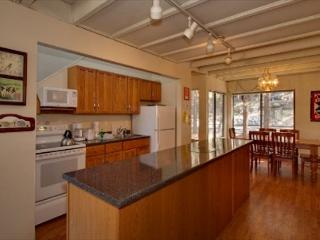 Cute Lake Tahoe Condo Located Near Everything (LV227) - Nevada vacation rentals