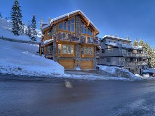State of the art Ski/in Ski/out (SL470B) - Stateline vacation rentals