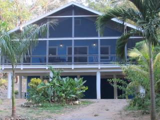 La Casa Azul West Bay Beach 3 Bedroom Home, Roatan - Bay Islands Honduras vacation rentals