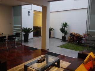 MIRAFLORES  NEAR LARCO MAR  2 BEDROOM APARTMENT - Peru vacation rentals