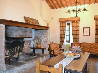 Spacious House with Deck and Internet Access - Rapolano Terme vacation rentals