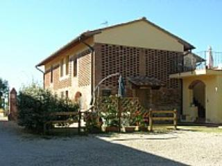 Casa Medinilla E - Tuscany vacation rentals