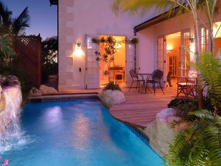 Caprice at Reed's Bay, Weston, Barbados - Beachfront, Wake to the gentle sounds of the surf - Reeds Bay vacation rentals